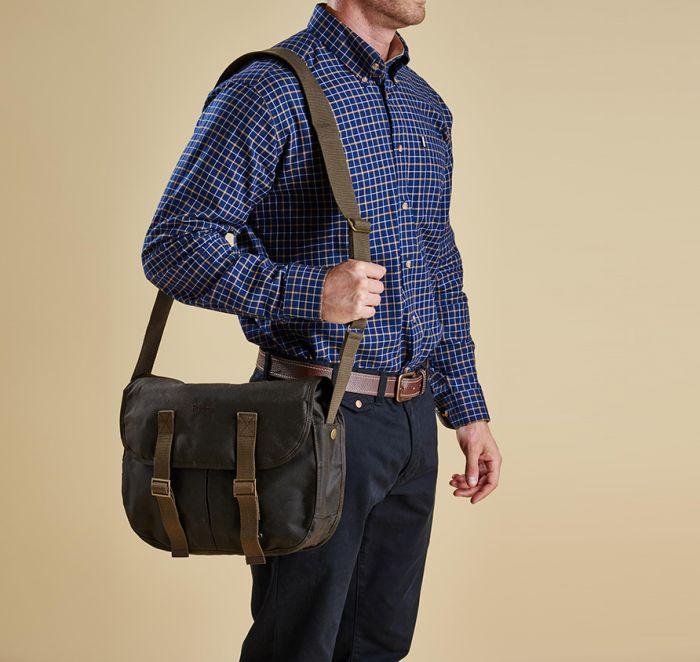 Barbour Medium Thornproof Tarras Bag